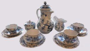 Kaffeeservice Porzellan MEISSENz.T. mehrfach gestrichen Zwiebelmuster für 4 Personen Asp.