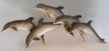 """2 Figurengruppen Porz. KAISER """"Spielende Delfine""""bem. versch. Gr. z.T. besch. Asp."""
