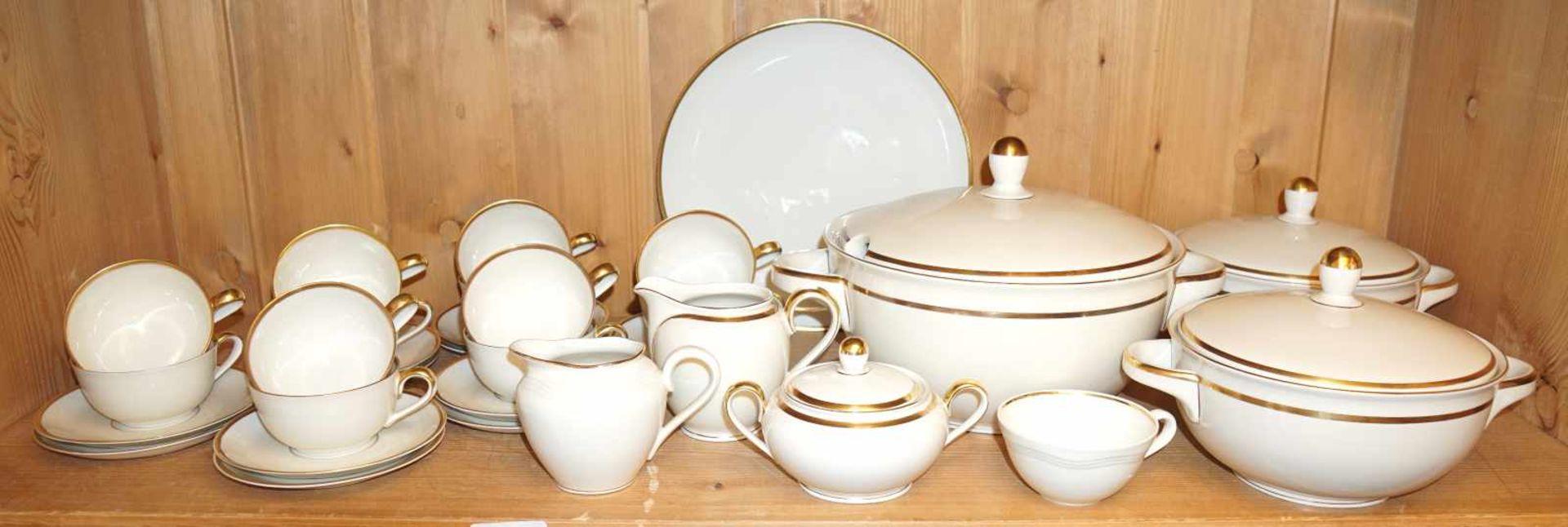1 Kaffe-/Tee-/SpeiserestservicePorz. PLANKENHAMMER goldstaff. f. ca. 12 Pers. ber. Asp. - Bild 3 aus 3