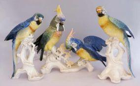 """1 Konv. Figuren-/gruppen Porz. ENS KAISER u.a.""""Papageien"""" u.a. bem. auf Terrainsockel versch. Gr."""