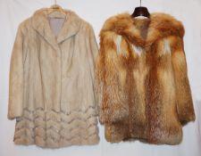 4 Pelzbekleidungsstücke Nerz, Fuchs, Persianer u.a. z.T. mit Lederbesatz