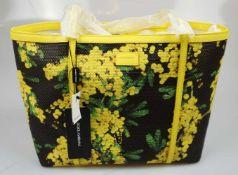 1 Shopper DOLCE & GABBANA Leder/Textil, Pflanzendekor, gelb/schwarz