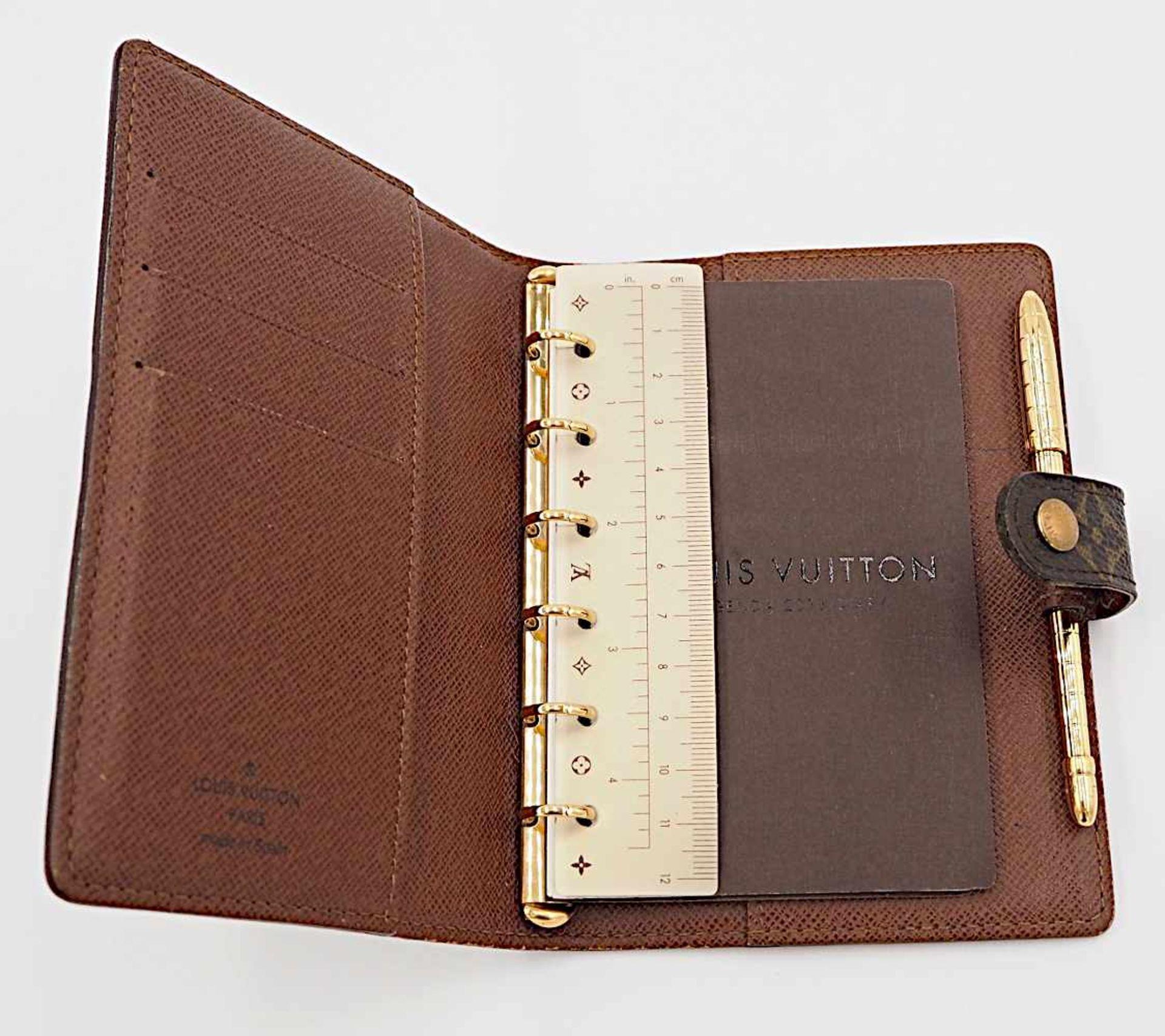 1 Agenda 1 Kugelschreiber Louis Vuitton m. Rechnungskopie monogr. Gsp. - Image 3 of 3