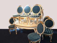 """1 Sitzgruppe im Rokokostil """"Sans Soucis"""": 1 ovaler Esstisch ausziehbar m. 10 Stühlen"""