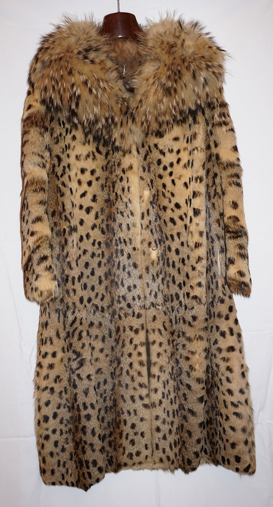 1 Mantel als Katze bedruckt/gefärbt ca. Gr. 38