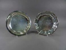 Zwei Schalen, 925 bzw. 835 SilberJakob Grimminger, bzw. Wilkens, D = je 20,5 cm, zus. ca. 327 g,