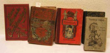 "Sechs Kochbücher. Dabei: Mathilde Ehrhardt: ""Großes illustriertes Kochbuch"". Merkur 1908."