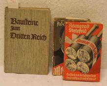 """Drittes Reich: Drei Bücher. Dabei: Hitler: """"Mein Kampf"""" in zwei Bänden, Kretsschmann:"""