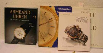 """""""Armbanduhren"""". Postten von 18 Büchern und Heften. Dabei: """"Zeit in Gold""""; """"Armbanduhren -"""