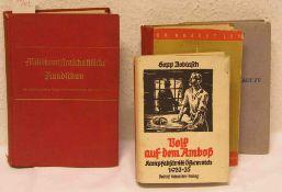 """Drittes Reich: Vier Bücher. Dabei: """"Militärwissenschaftliche Rundschau, 1940""""."""