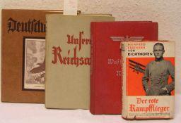 """Drittes Reich: Vier Bücher. Dabei: """"Waffenträger der Nation"""", """"Deutscher Wille"""", """"Unsere"""