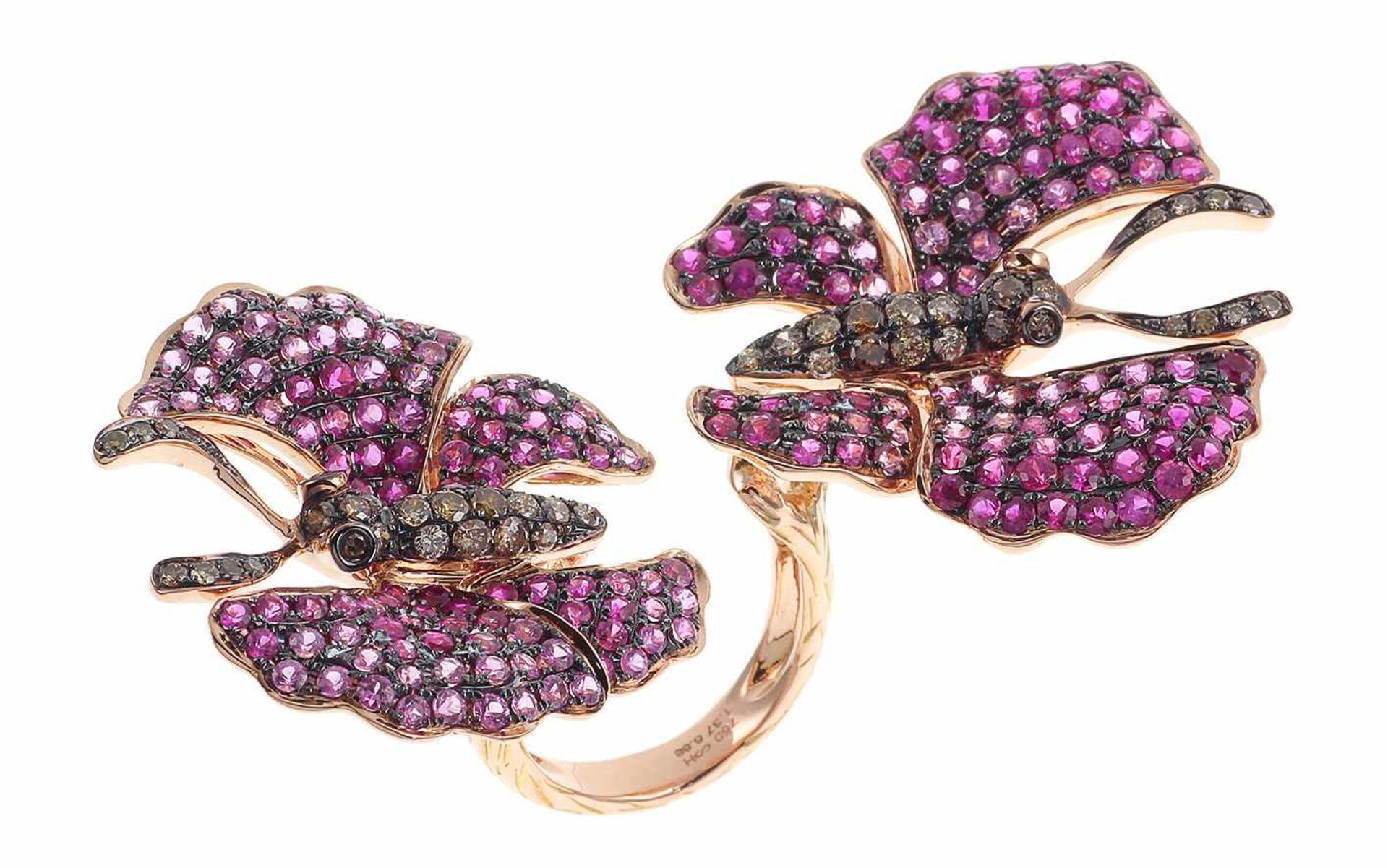 RingRing Schmetterling 18K RG mit 1,37 ct braunen Diamanten und 6,68 ct Saphiren RW: 55 Total 27,