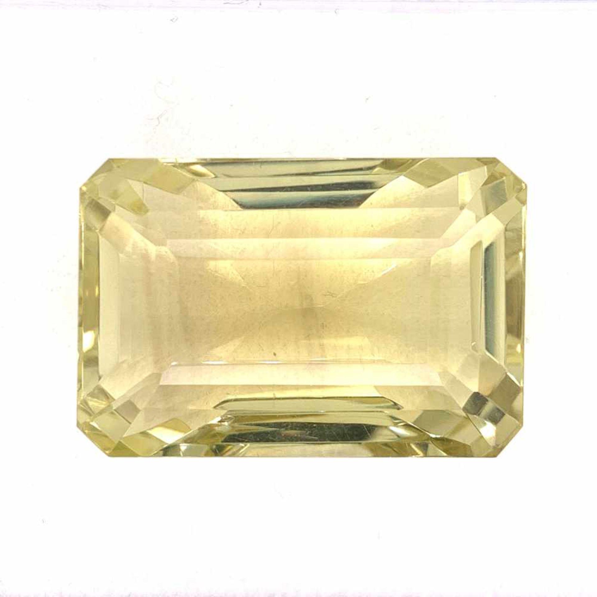 GoldberyllGoldberyll 194,10 ct Emerald cut 37,00 x 24,80 h 24,00