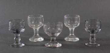 Fünf massive Weingläser, 19. Jahrhundert<b