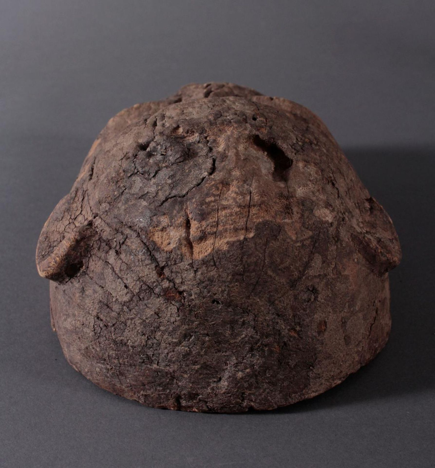 Antike Zoomorphe Maske, Makua, Tansania 1. Hälfte 20. Jh.Hartholzolz, alter Wurmfrass, dunkle Patina - Bild 5 aus 6