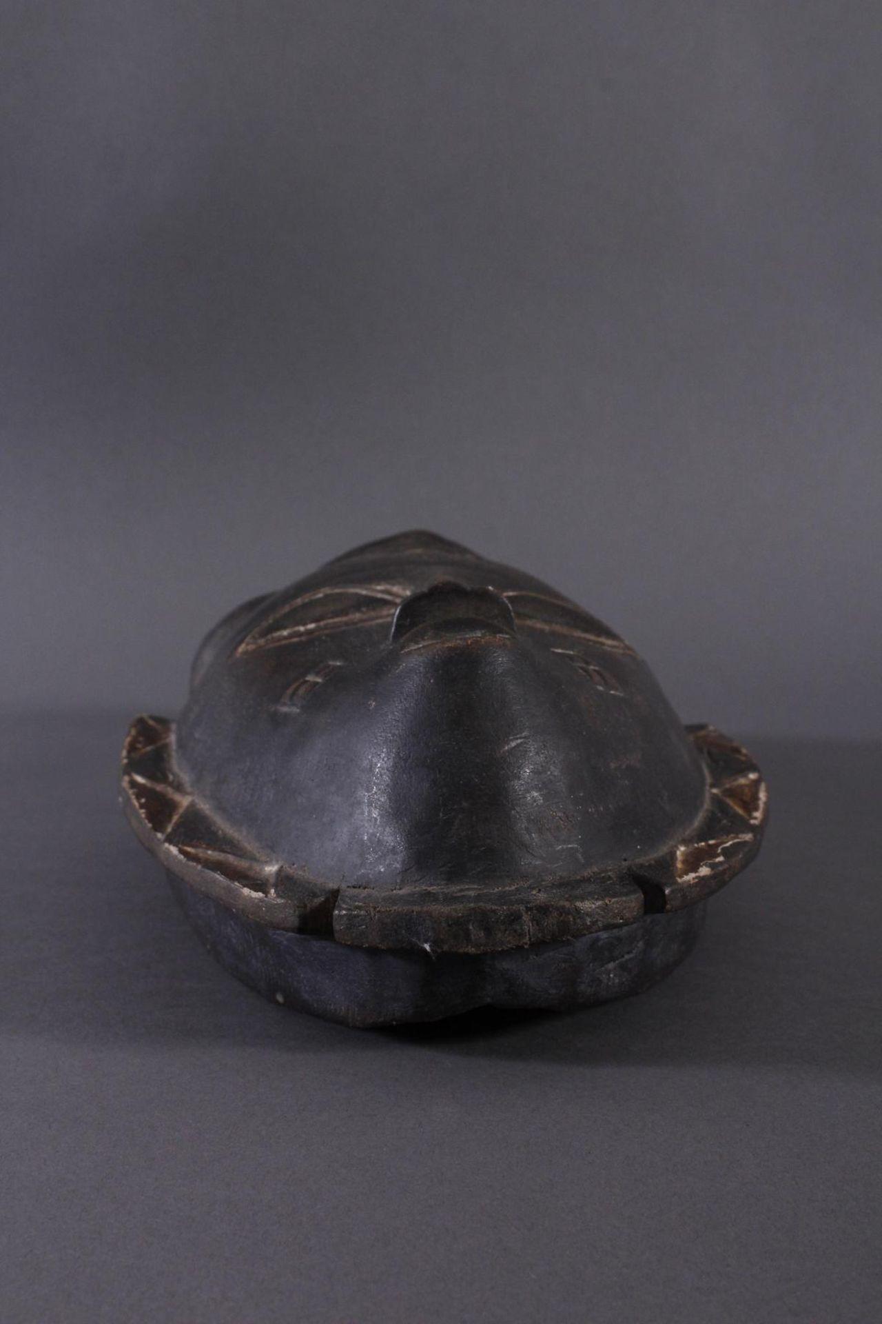 Antike Maske, Baule, Elfenbeinküste 1. Hälfte 20. Jh.Holz geschnitzt, dunkle Patina, Reste weißer - Bild 2 aus 6