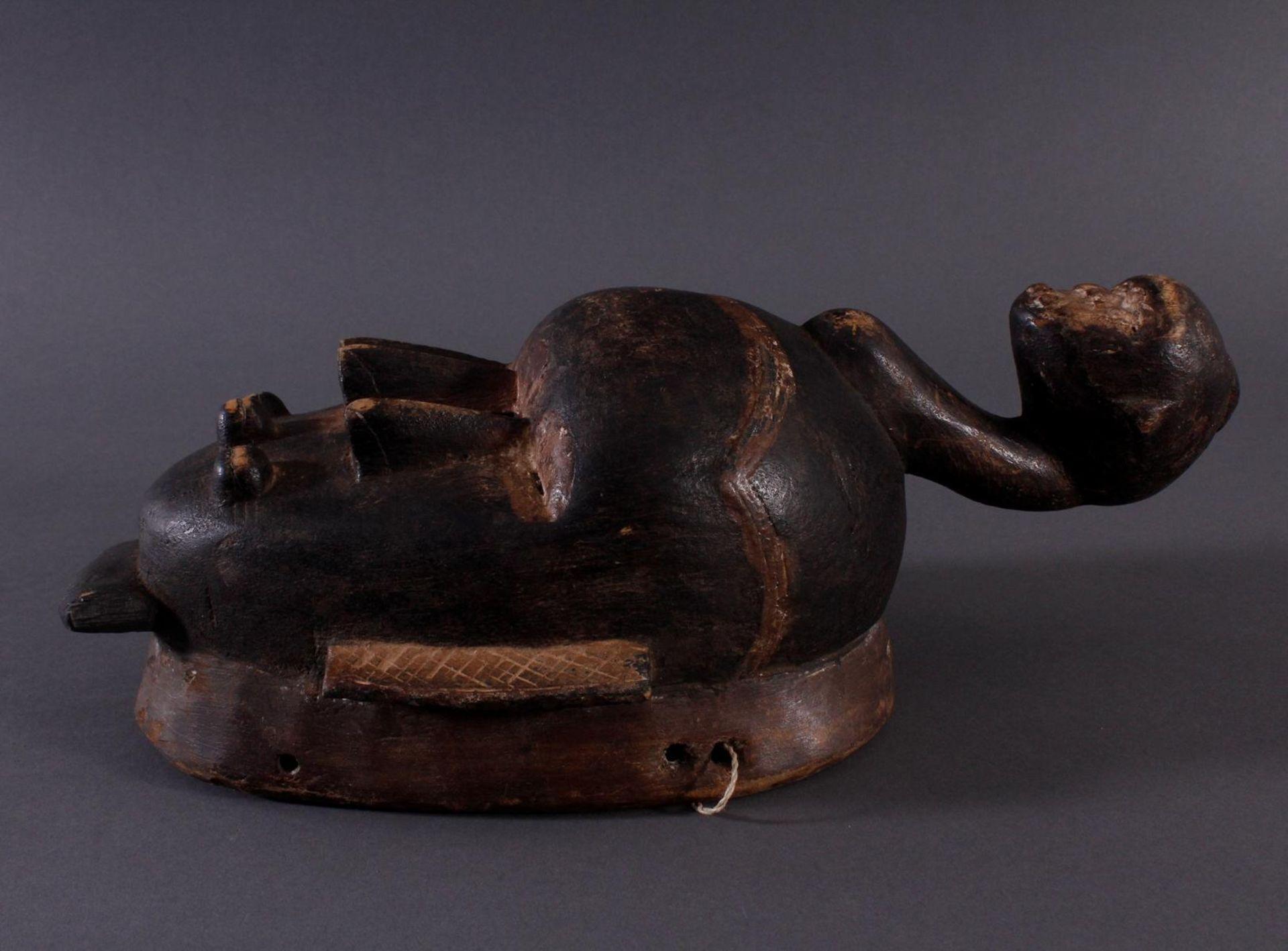 Antike Kpelie-Maske, Senufo 1. Hälfte 20. Jh.Holz geschnitzt, geschwärztes, leicht glänzendes, - Bild 3 aus 6