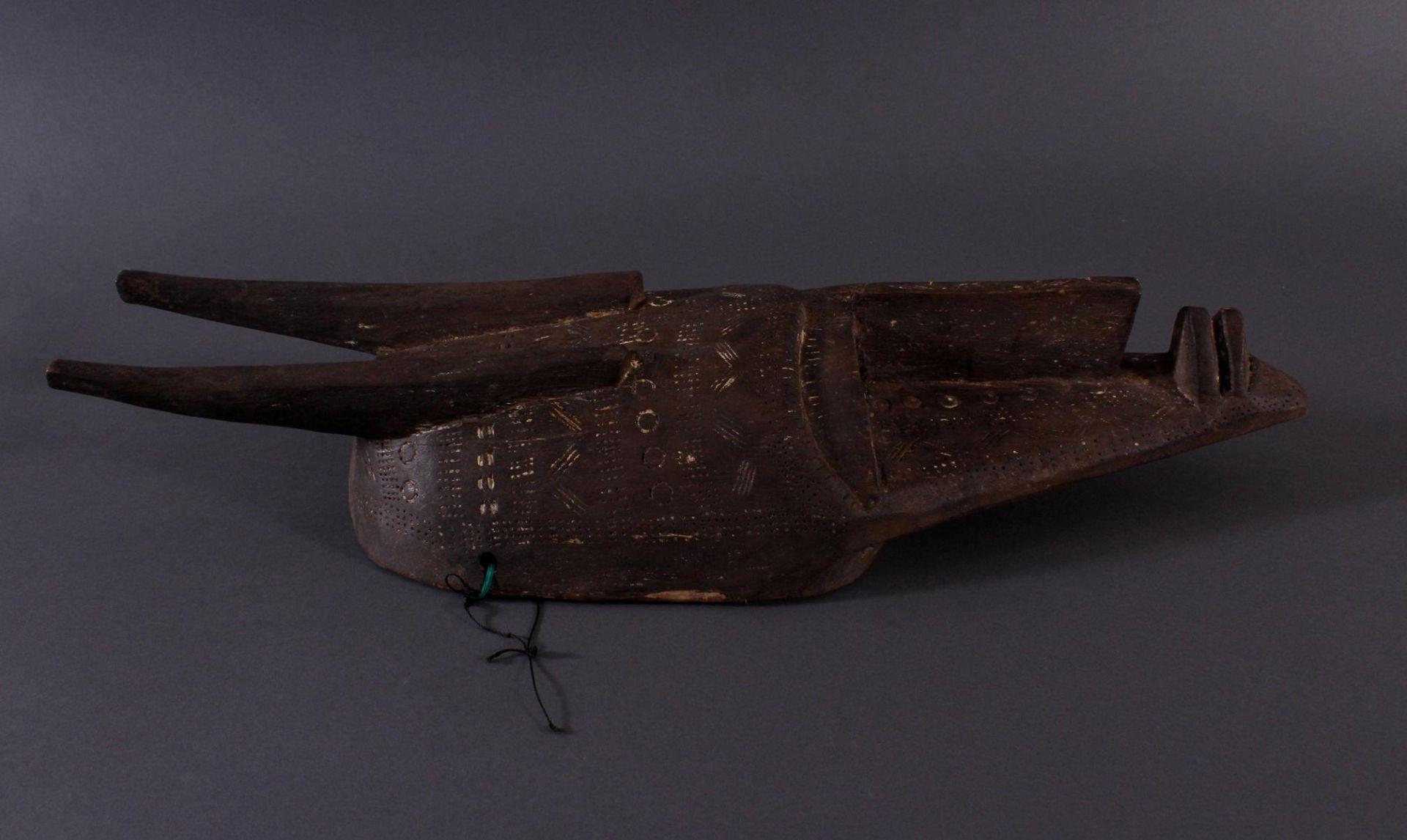 Antike Maske, Bambara, Mali 1. Hälfte 20. Jh.Holz geschnitzt, Musterritzungen, Reste weißer - Bild 2 aus 6