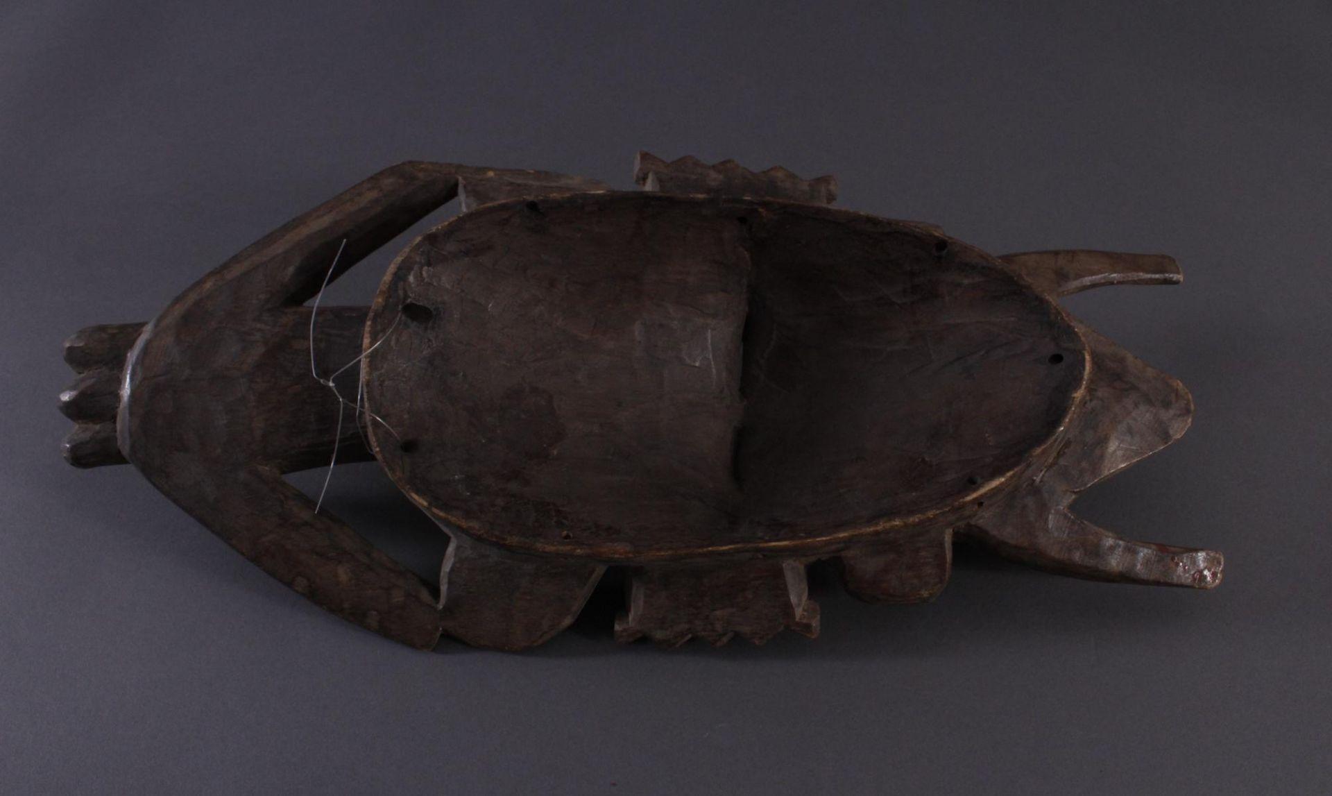 Antike Maske, Senufo, Elfenbeinküste 1. Hälfte 20. Jh.Holz geschnitzt, rotbraune und Weiße Bemalung, - Bild 5 aus 5