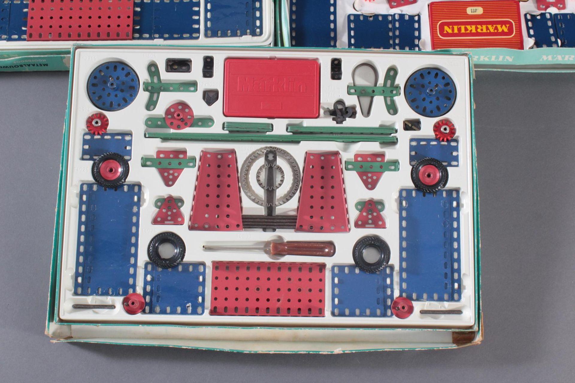 9 Märklin Baukästen: 4x 1010 und 5x 1011Baukästen auf Vollständigkeit nicht überprüft. - Bild 8 aus 10