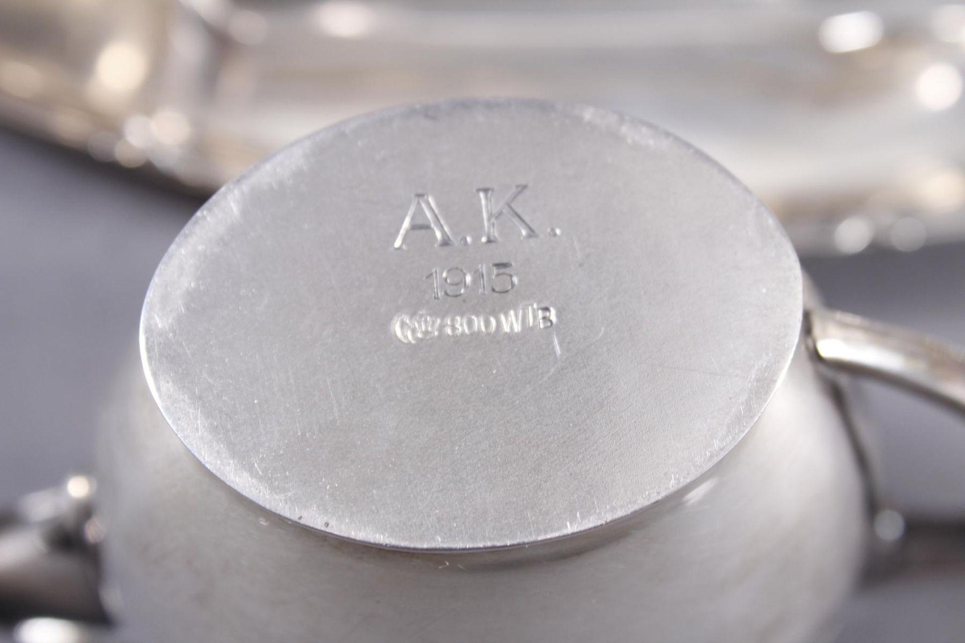 Los 1057 - Silberset, 4-teilig, Wilhelm Binder Silber 800Gesamtgewicht ca . 429 Gramm.Bestehend aus Tablett,