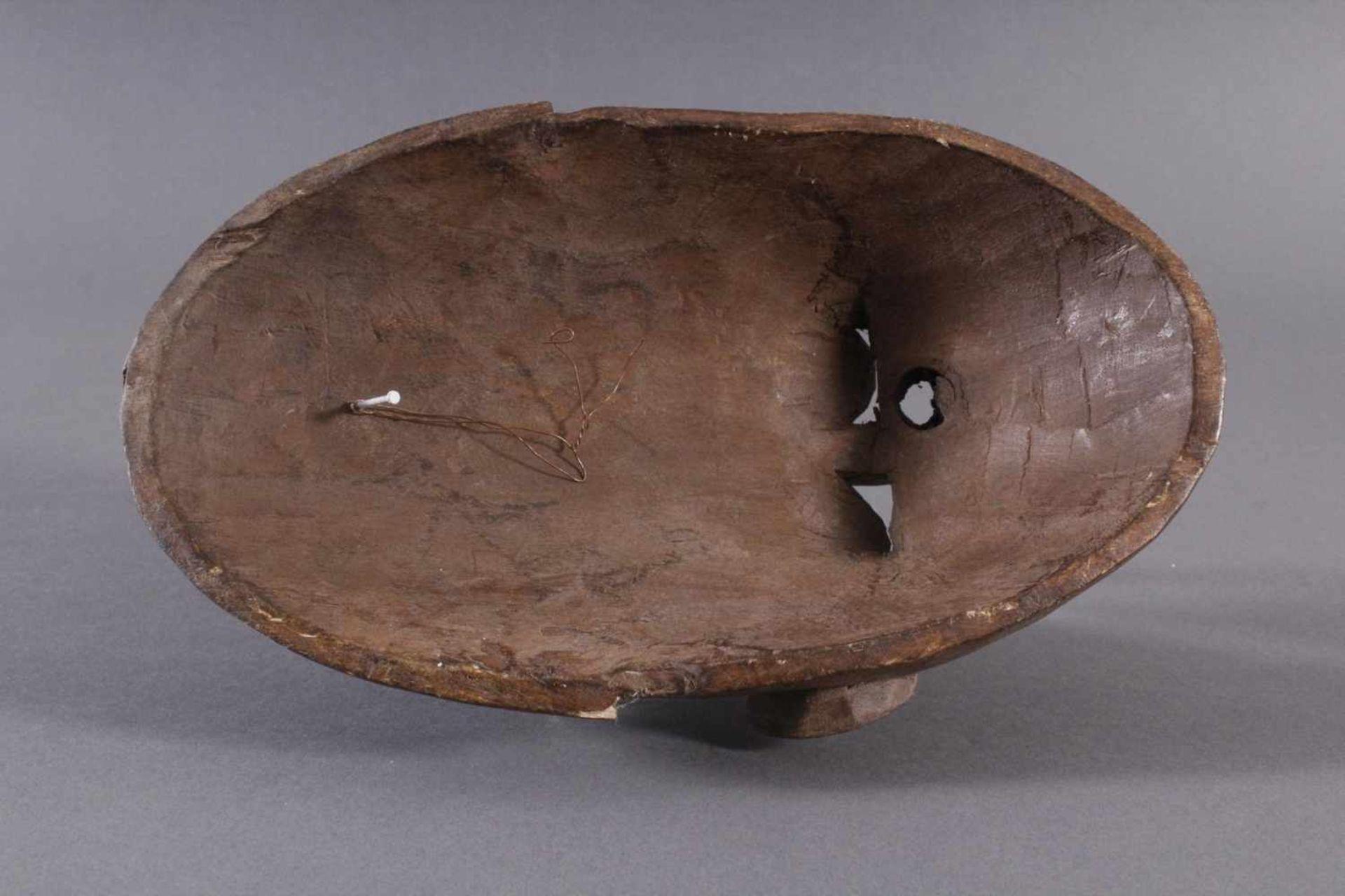 Antike Maske, Marka, Mali 1.Hälfte 19. Jh.Holz geschnitzt, Gesicht stzellenweise mit Messing-Blech - Bild 6 aus 6