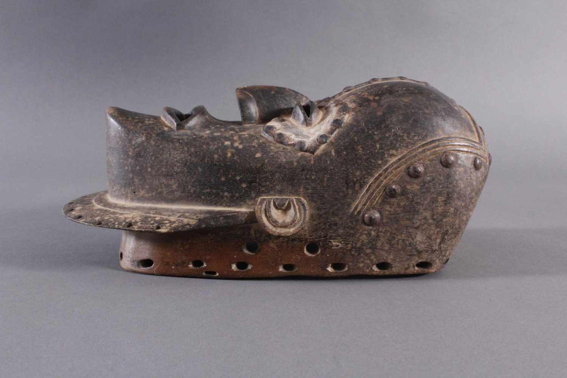 Antike Maske, Baule, Elfenbeinküste 1. Hälfte 20. Jh.Holz geschnitzt, dunkle Patina, Reste weißer - Bild 5 aus 6