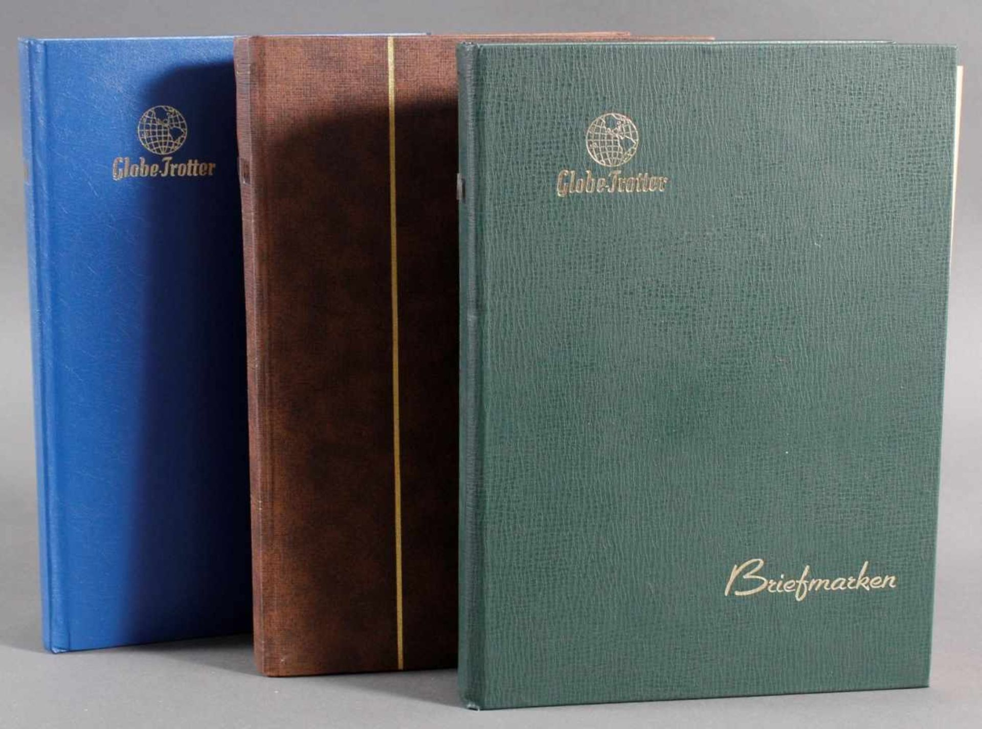 Kleine Sammlung Belege, Ganzsachen und BriefeInsgesamt 3 gut gefüllte Alben.1 Album Briefe,
