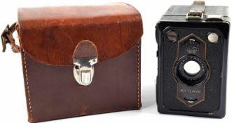 KAMERA ZEISS-IKON BOX TENGOR 54/2, Baujahr 1931, m. Objektiv Goerz Frontar D.R.P., eine der
