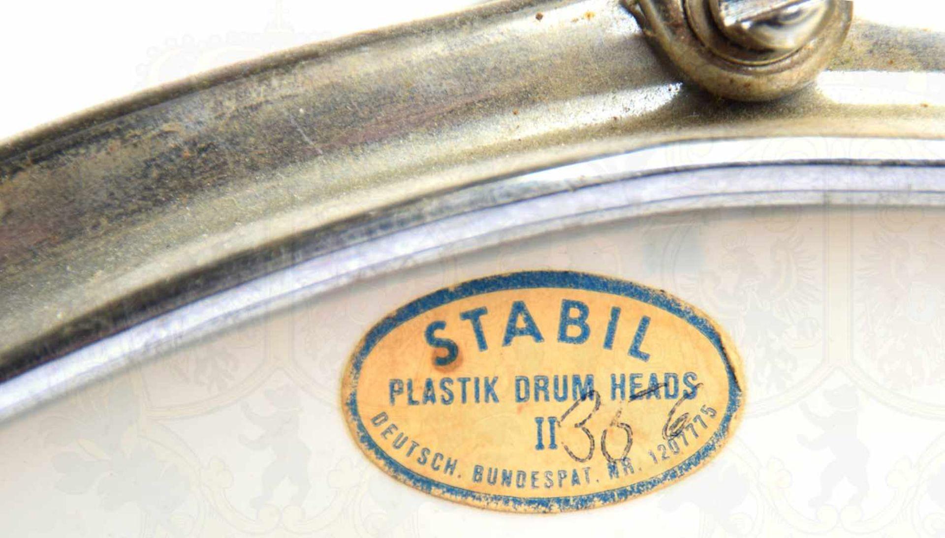 """Los 46 - MARSCHTROMMEL, Herst. """"Stabil Plastic Drum Heads, Dt. Bundespatent"""", Metallgehäuse, bez. """"Cosima"""","""