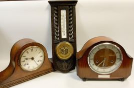 Clocks & Barometers - an oak cased mantel clock, silver dial, Roman numerals, chiming eight day