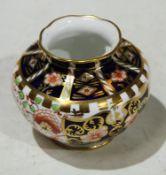 A Royal Crown Derby Imari pallette squat vase, wavy rim, approx. 6.5cm high