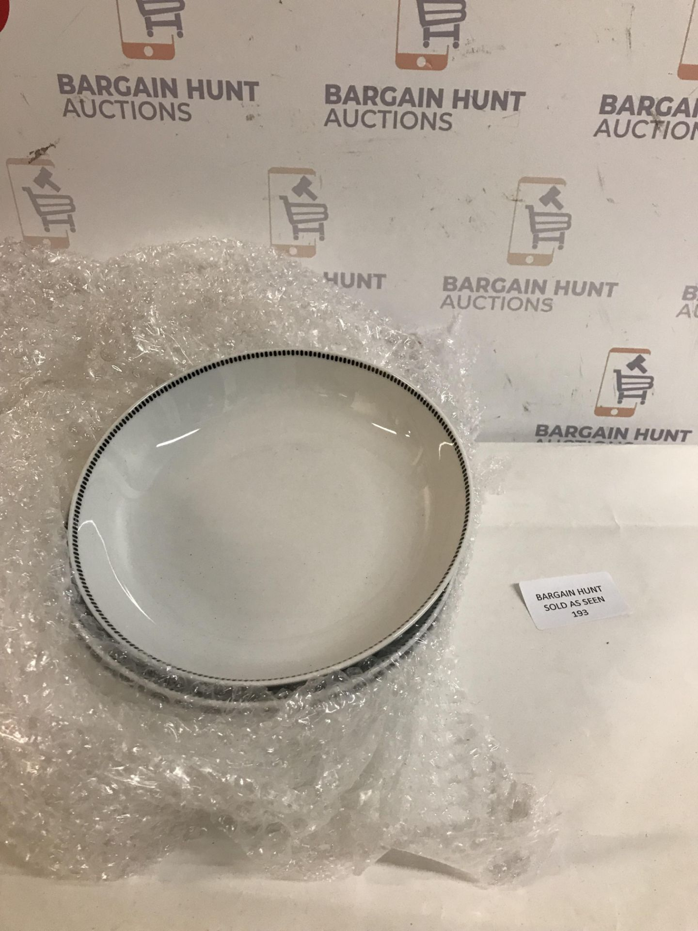 Lot 193 - Tally Porcelain Set of 4 Pasta Bowls