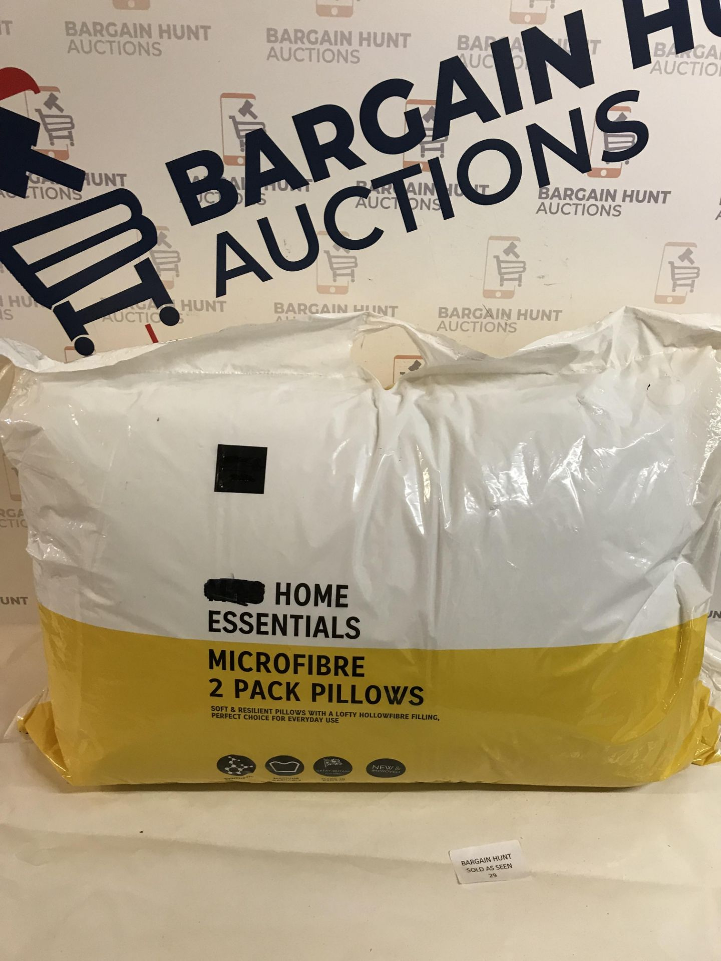 Lot 29 - Microfibre 2 Pack Pillows