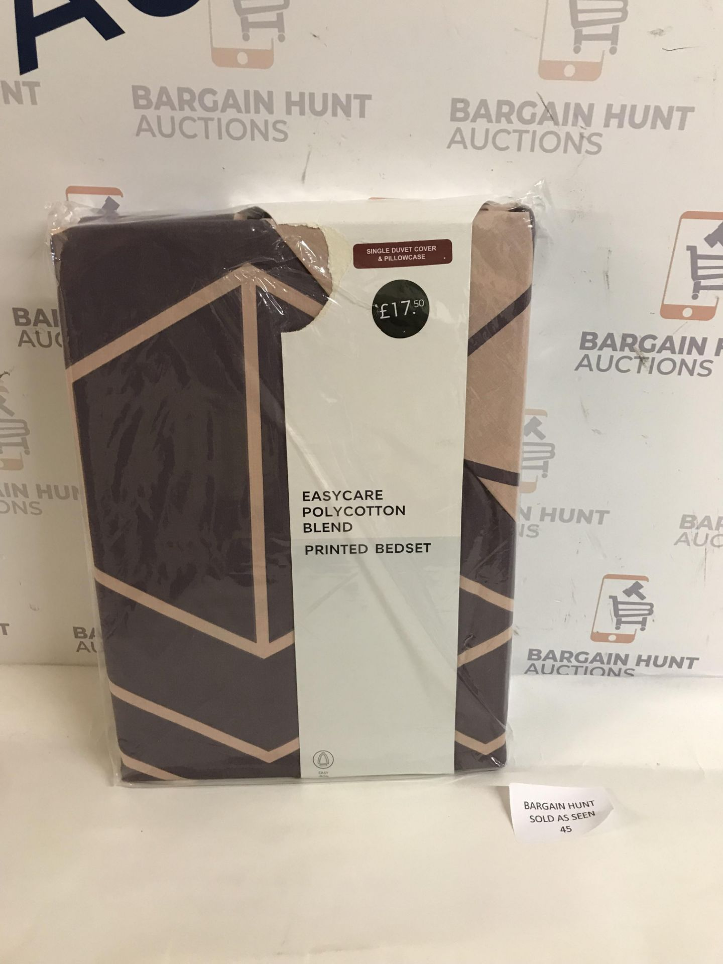Lot 45 - Easycare Polycotton Blend Printed Bedding Set, Single