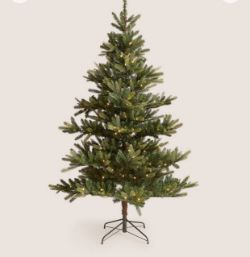 Major High Street Retailer Christmas Trees Bedding Sets Luxury Duvets Towels Dining Sets Home Décor Christmas Items and More