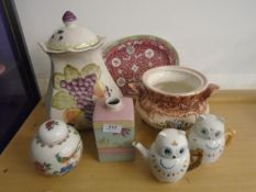 Collection of sundry china to include teapots, ginger jars etc