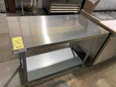 "Table de travail acier inox MKE - NEUVE # ECTC 4824 - 48 x 24"""