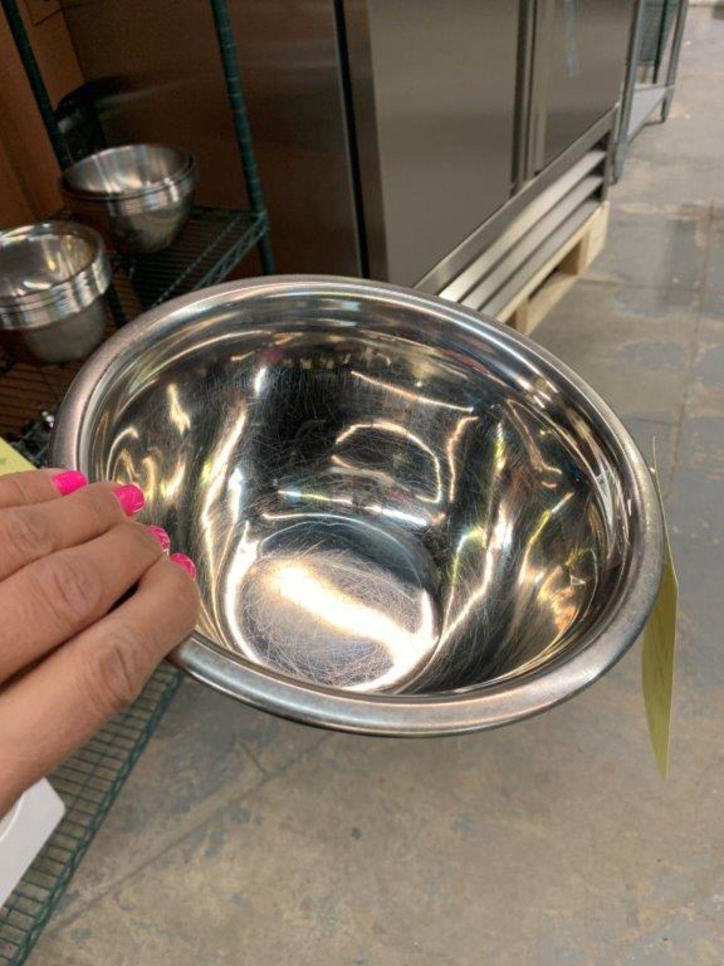Lot de (20) bols acier inox - Image 2 of 3