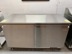 """Unité réfrigéré sous comptoir - 2 portes MKE - NEUF - # LB 61 , 61 x 30 """""""