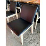 (12) Belles chaises bistro VOGUE décor - Look bois / fini metal - Quantité x $ misé