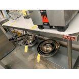 MKE Table de travail acier inox # ECTC 72 X 24 -NEUVE