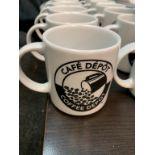 Lot de (45) tasses + avec et sans logo
