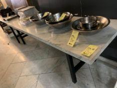 "Belle Table dessus MARBRE 8' x 30 "" (F)"