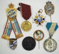 Bayern: Lot Kriegervereinsauszeichnungen.Diverse.Zustand: II