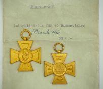 Bayern: Luitpoldkreuz für 40 Dienstjahre im Staats- und Gemeindedienst - 2 Exemplare.Je vergoldet.