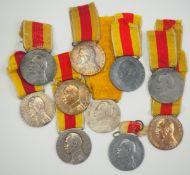 Baden: Verdienstmedaille, Friedrich II., in Silber - 10 Exemplare.Diverse Varianten, zumeist am