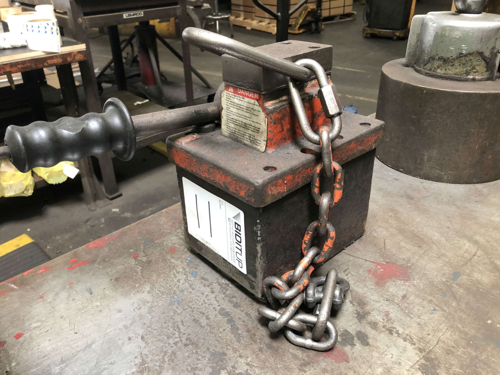 Lot 11 - OS Walker CM-1 Toter Permanent Lift Magnet, Rated Lift Capacity: 0-1,000 Lbs, Magnet Weight: 62