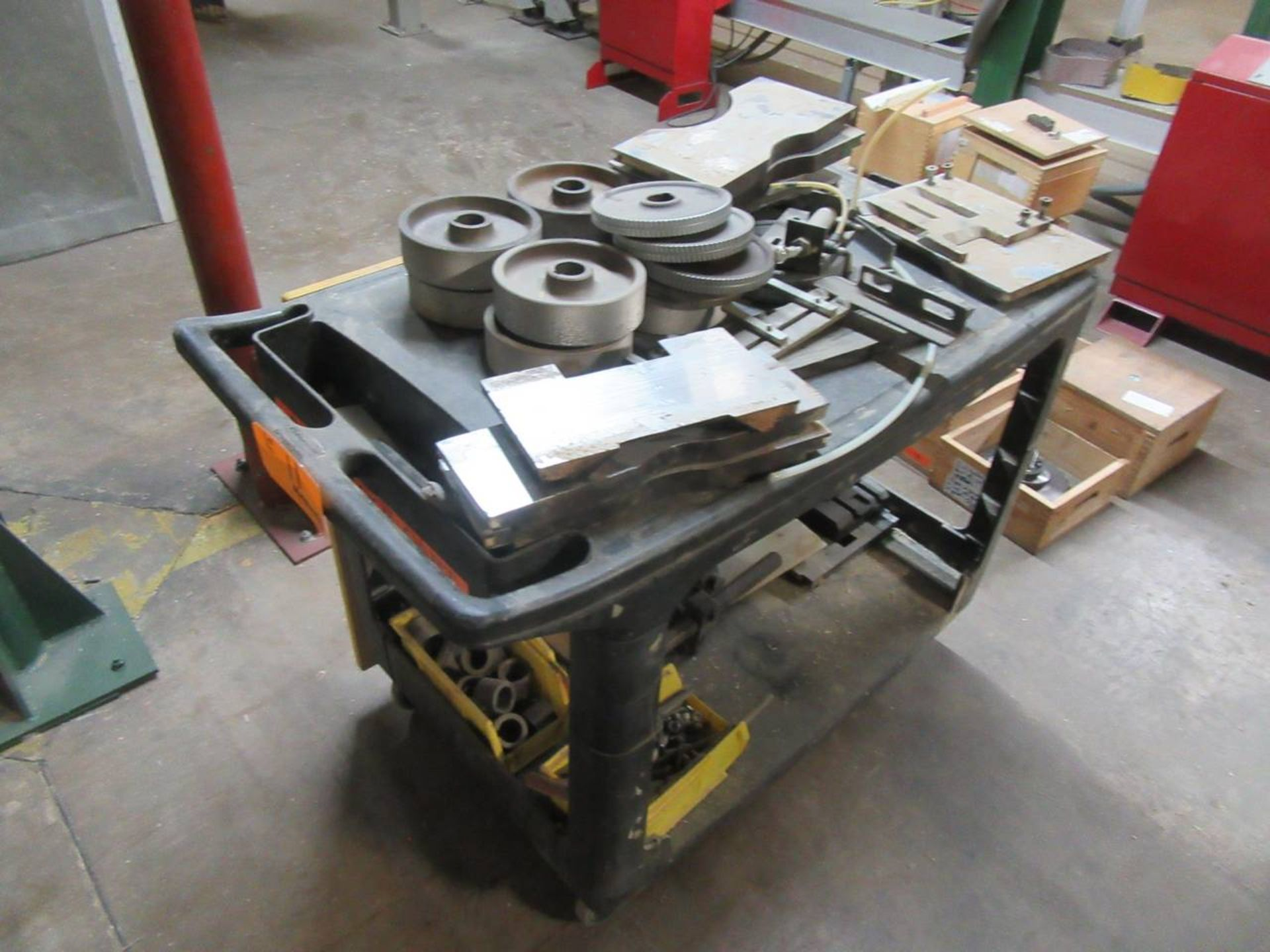 Lot 11 - Lot of Tooling for Moulders