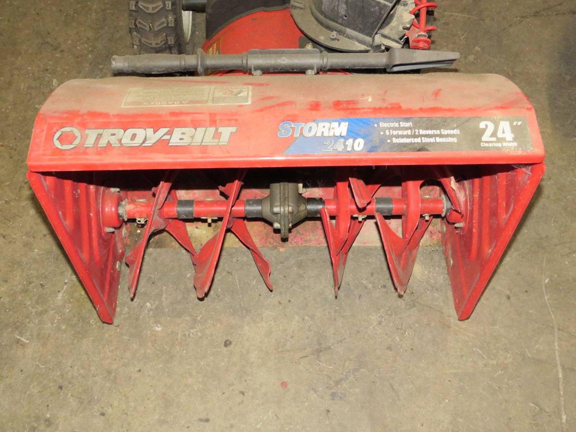 """Lot 552 - Troy-Built Storm 2410 24"""" Snowblower"""